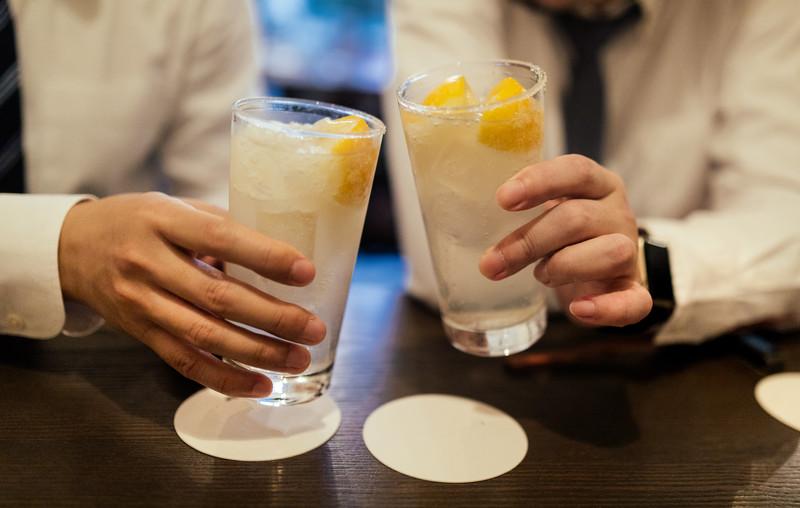 乾杯、デート